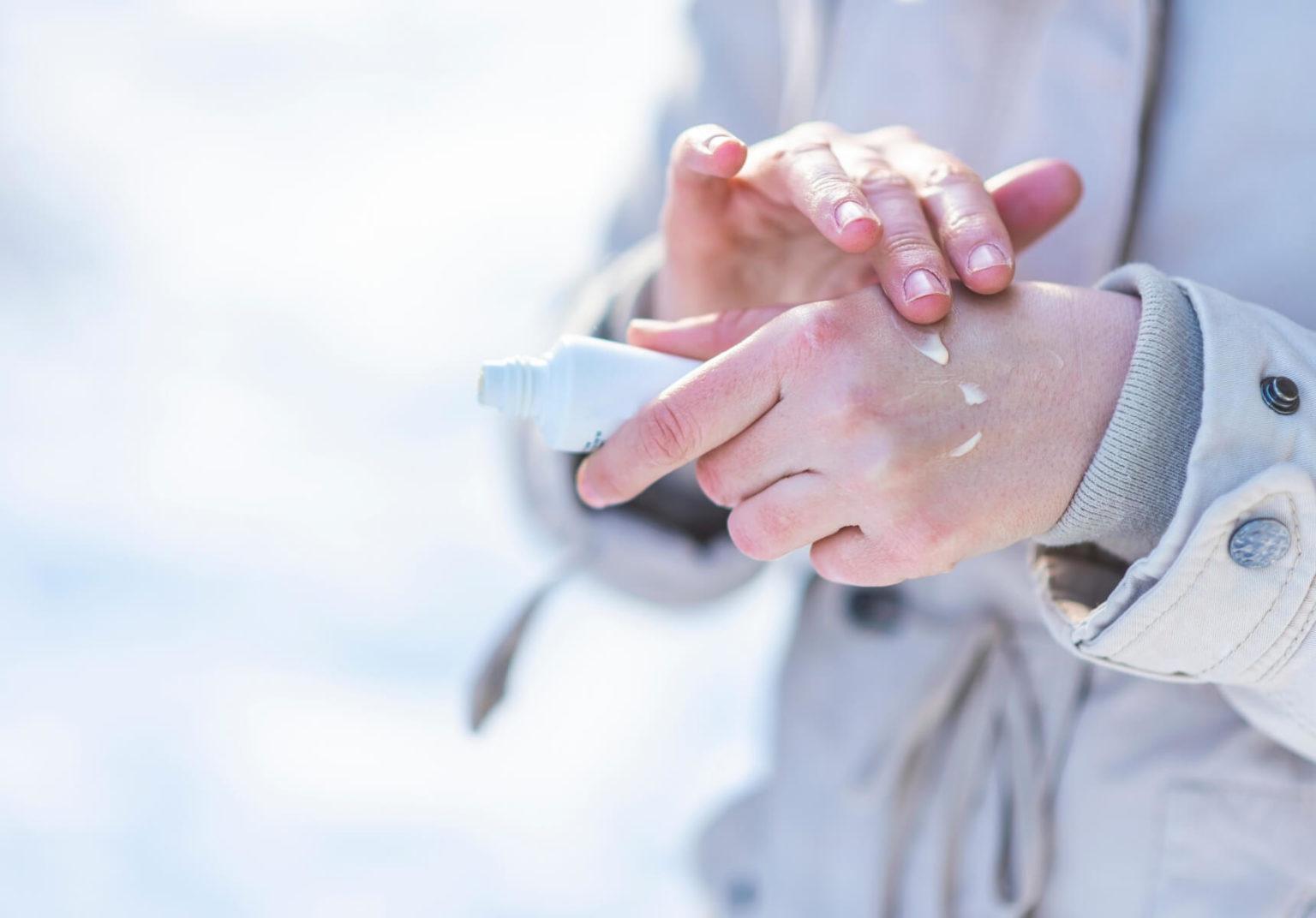 trattare-le-mani-secche